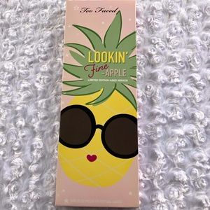 Too Faced Lookin' Fine-Apple Limited Hand Mirror